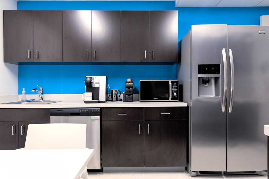 Nexis Wellness kitchen and break room